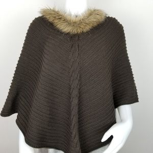 Chico's Linda Poncho With Faux Fur Collar